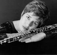 Elizabeth Starr Masoudnia, oboe
