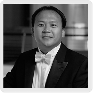 Thomas Hong, conductor